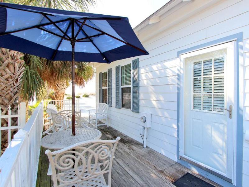 Gull Cottage - Image 1 - Tybee Island - rentals