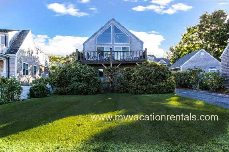 Yard and House - GRAYK - Village Area Location, Harborview, A/C in Central Living Area, WiFi - Edgartown - rentals