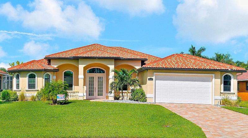Front - Villa Coco de Mer - Cape Coral - rentals