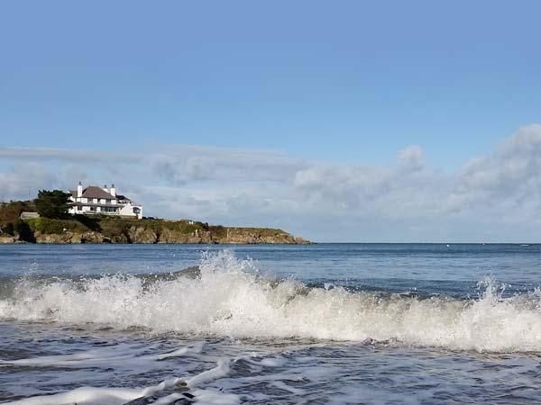 ANGORFA, character holiday cottage, with a garden in Cemaes Bay, Isle Of Anglesey, Ref 5636 - Image 1 - Cemaes Bay - rentals