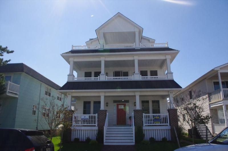 920 St. Charles Place, 1st FL 121444 - Image 1 - Ocean City - rentals