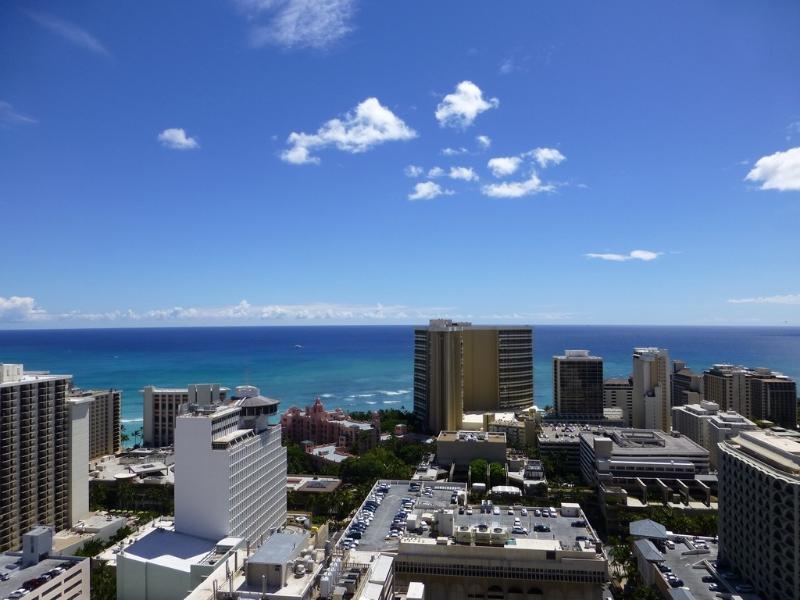 Ocean View from Lanai - Waikiki 2/2/1 35F Renovated Royal Kuhio - Honolulu - rentals