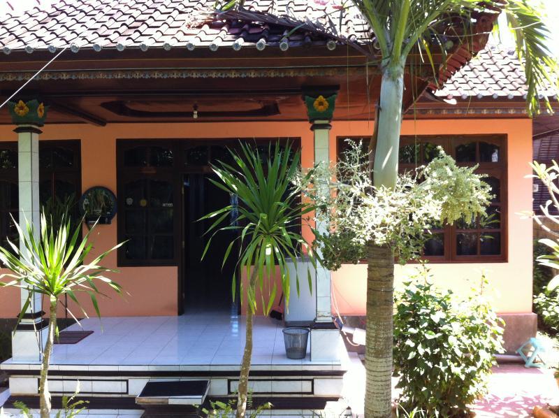 'Casa Ola ~ Uluwatu Holiday Rental' - Image 1 - Pecatu - rentals