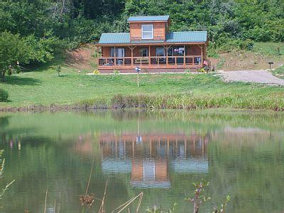"""Cabin front - """"Time to Unwine"""" Pond front and Blue Ridge  Parkway  cabin - Fancy Gap - rentals"""