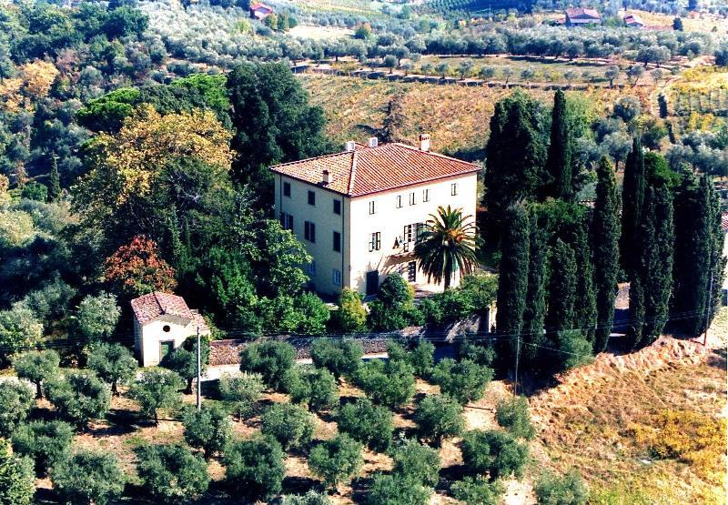 Villa Lucca Moriano - TFR91 - Image 1 - San Michele di Moriano - rentals