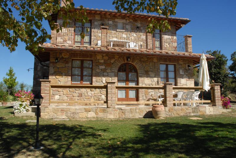 Siena Farmhouse with swimming pool - TFR53 - Image 1 - Siena - rentals