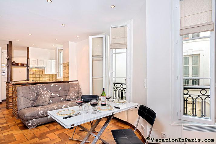 Charming Saint Germain Courtyard Studio, sleeps 4 - Image 1 - Paris - rentals