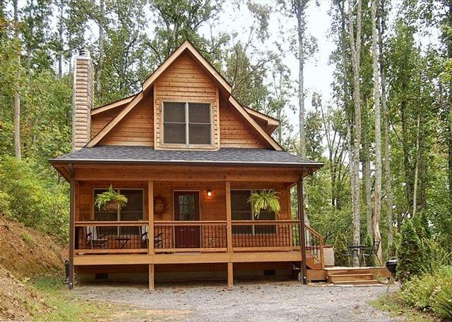 Snowy Cove | 2 BR Mountain Cabin with Hot Tub and Fireplace - Image 1 - Black Mountain - rentals