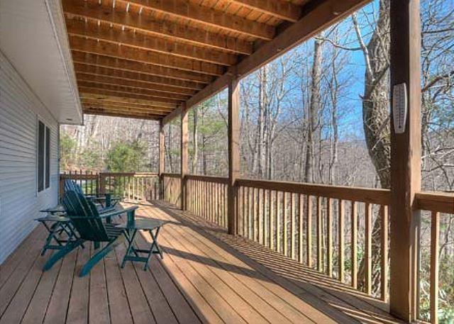 Lower Level Deck - Alta Vista - Black Mountain - rentals