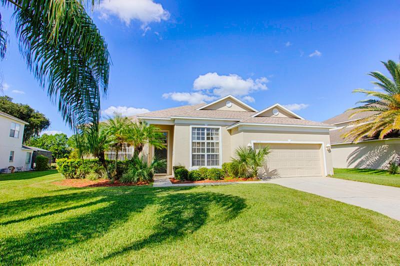 Front of Home - 4d8e330a-f046-11e0-a372-001ec9b3fb10 - Davenport - rentals
