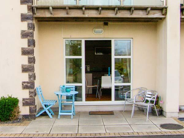 TYWOD ARIAN, seaside family base, close amenities and sandy beach, good walking, Morfa Nefyn Ref 914795 - Image 1 - Morfa Nefyn - rentals