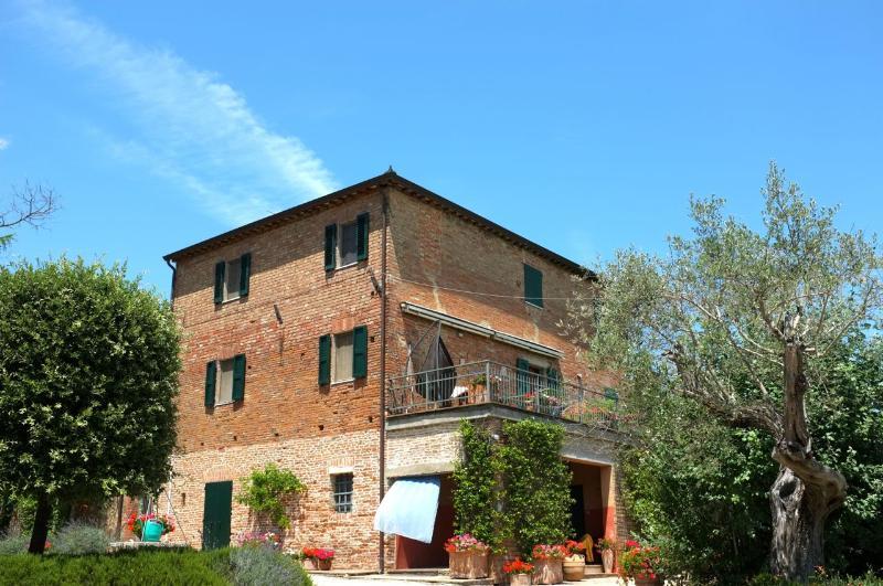 Gorgeous Casa Cantagallina - Casa Cantagallina - Large family holiday villa - Castiglione Del Lago - rentals