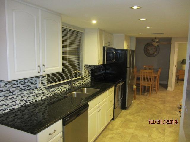 Newly Remodeled Kitchen - Manasota Key 2 Bedroom Condo w/ Beach & Bay Access - Englewood - rentals