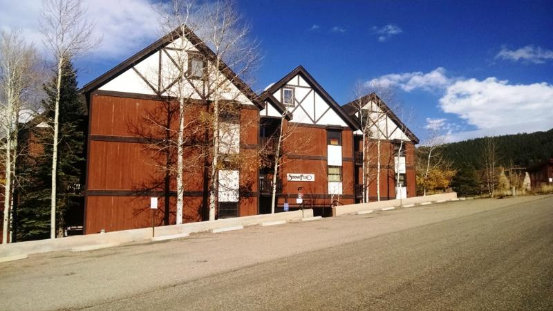Snowfire B building #2 - 3 BR/ 2 BA Condo, WiFi, Balcony, 3 Blocks to Lift - Angel Fire - rentals