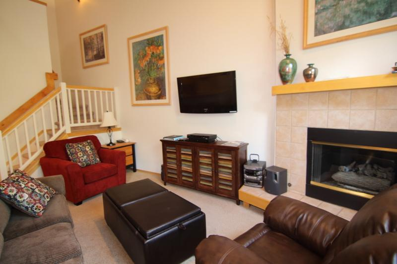 Family Room - Chimney Ridge 3BD Townhome,  20% off thru 6/29 - Breckenridge - rentals