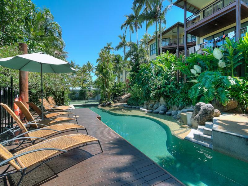 #6 The Point Apartments - Image 1 - Port Douglas - rentals