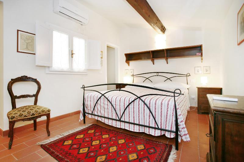 Duomo spacious Charming Suite - Image 1 - Florence - rentals