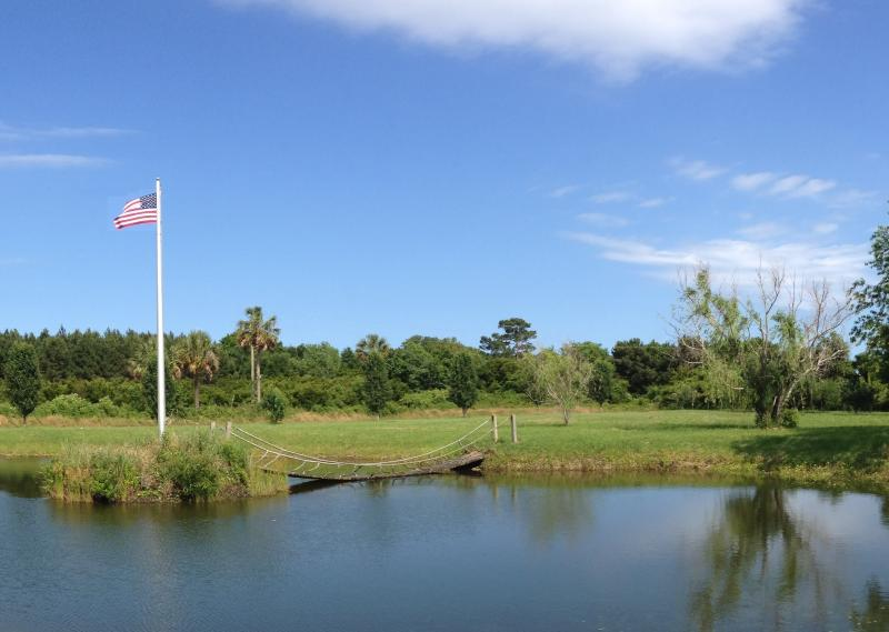 PRIVATE POND - Breezy Egret- Water view farmhouse on Johns Island - Charleston - rentals