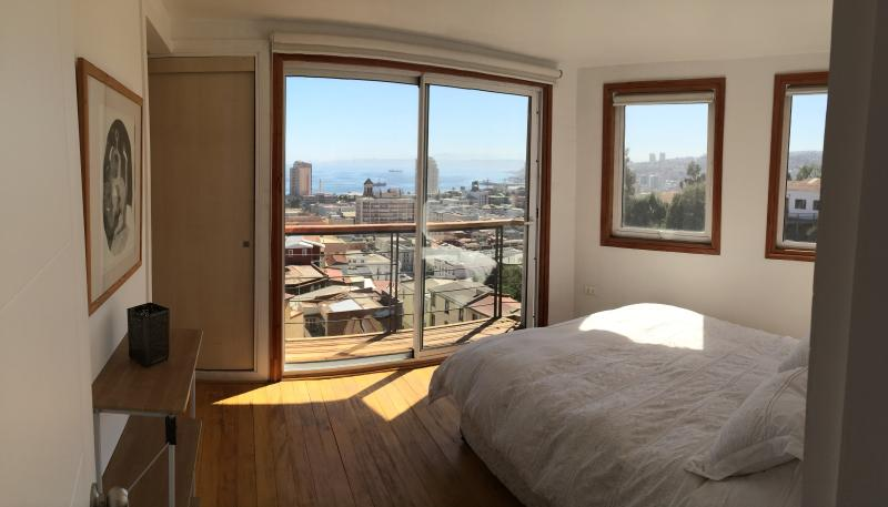 Panoramic views from bedroom in ECCO Duplex apartment  #1 - Great home rental apartments in Valparaiso, Chile! - Valparaiso - rentals
