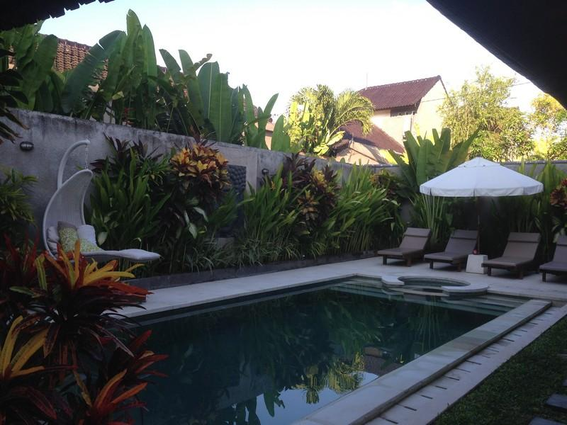 Surrounding Pool Area - Sari Temuku Villa - Seminyak - rentals