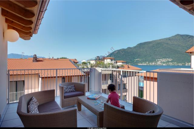 Privtae terrace with view of the lake - 3 bedroom penthouse apartment with pool (BFY13415) - Maccagno - rentals