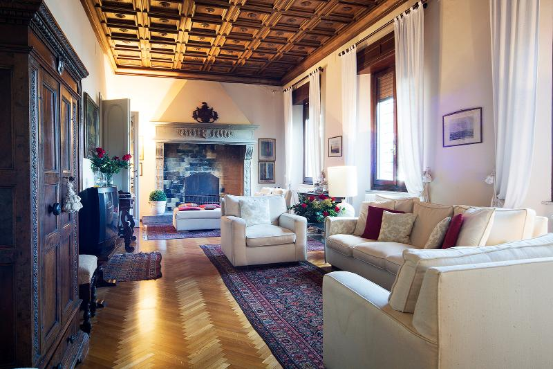 Living area - Tuscany luxury 5 bedroom villa (BFY129) - Arezzo - rentals