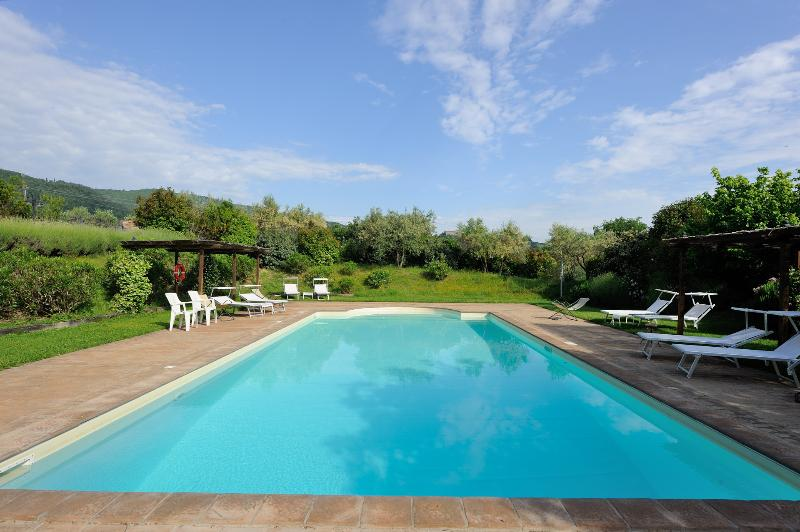 Communal pool - 2 bedroom apartment in Umbria (BFY14497) - Todi - rentals