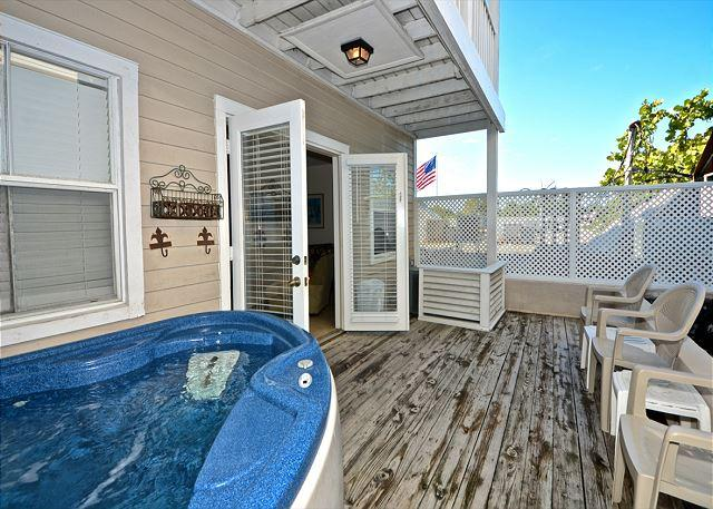 2-Story Condo w/ Pvt Hot Tub & Balcony - Image 1 - Key West - rentals