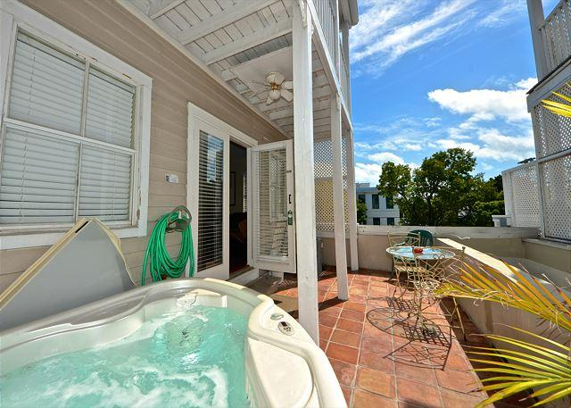2-Story Condo On Duval St w/ Pvt Hot Tub - Image 1 - Key West - rentals