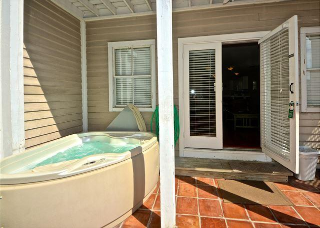Casa Havana- 2-Story Condo On Duval St w/ Pvt Hot Tub - Image 1 - Key West - rentals