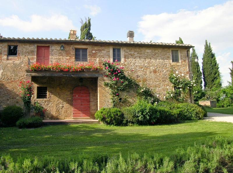 4 bedroom Villa in San Giovanni d Asso, Val d Orcia, Tuscany, Italy : ref - Image 1 - Lucignano D'asso - rentals