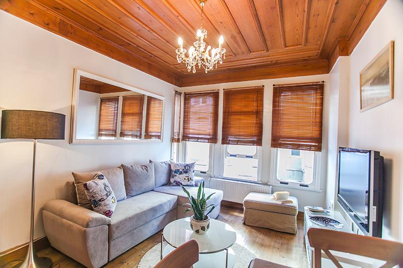 Ottoman Town House 4BR - Image 1 - Istanbul - rentals
