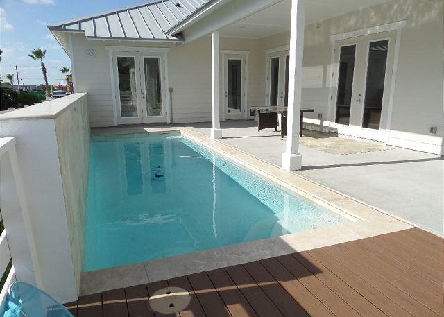 Spa like pool area - BRAND NEW Sun of A Beach, Sleeps 10, 3 bedroom, 2 bath, PRIVATE POOL, Pets!! - Port Aransas - rentals