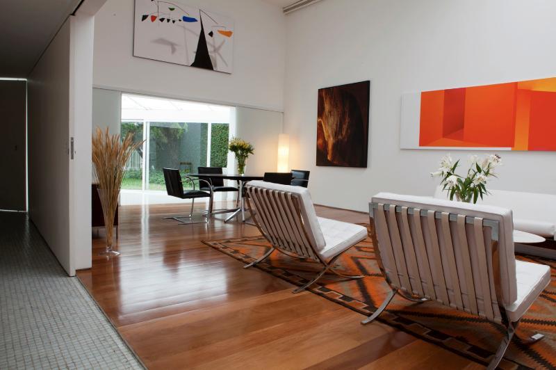 Unique 2 Bedroom Home in Jardins - Image 1 - Sao Paulo - rentals