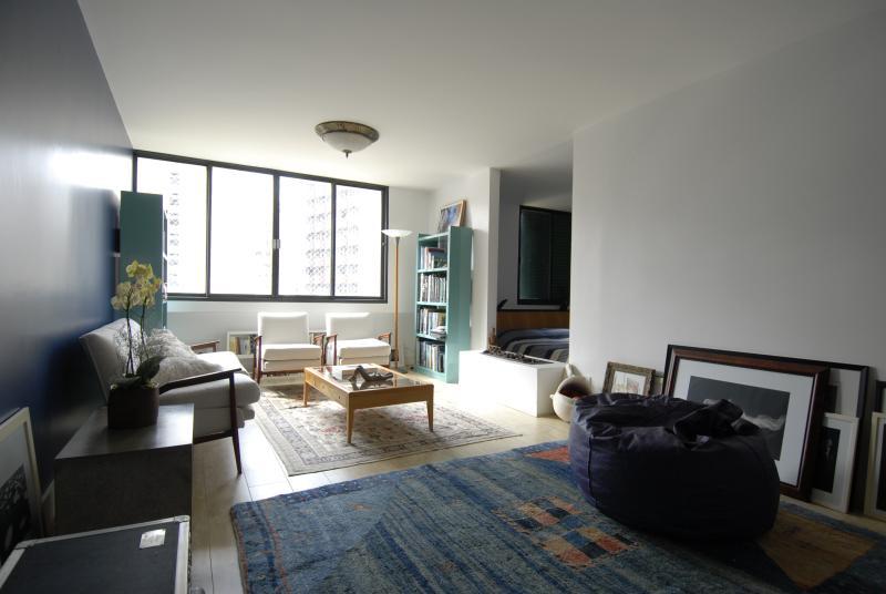 Ultra-Modern 1 Bedroom Apartment in Jardins - Image 1 - Sao Paulo - rentals