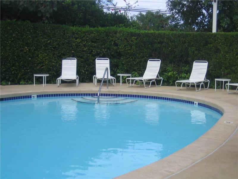Plantation Hale J-1 - AC, 3 Pools, New Tub! - Image 1 - Kapaa - rentals