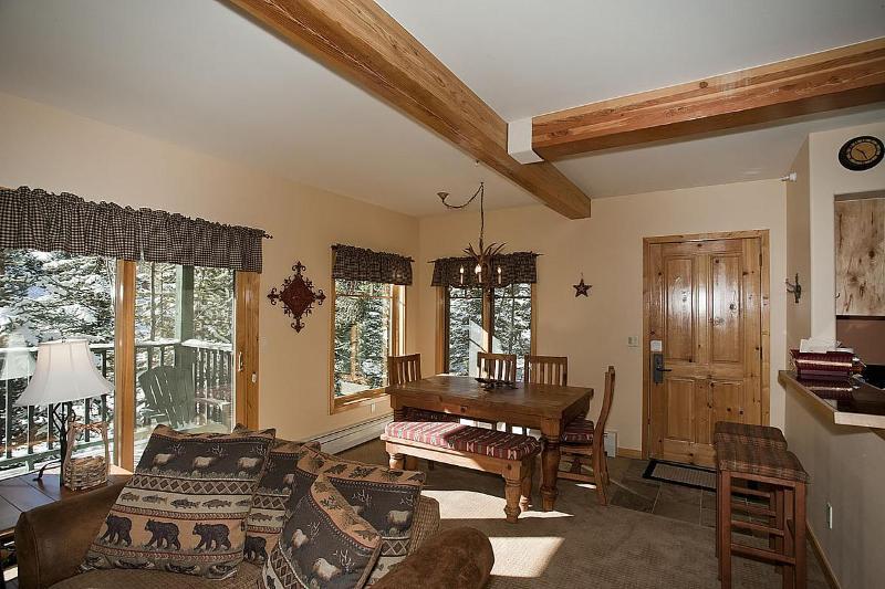 2 BD W/D Hot Tub Great Location April 8-20 $189/nt - Image 1 - Breckenridge - rentals