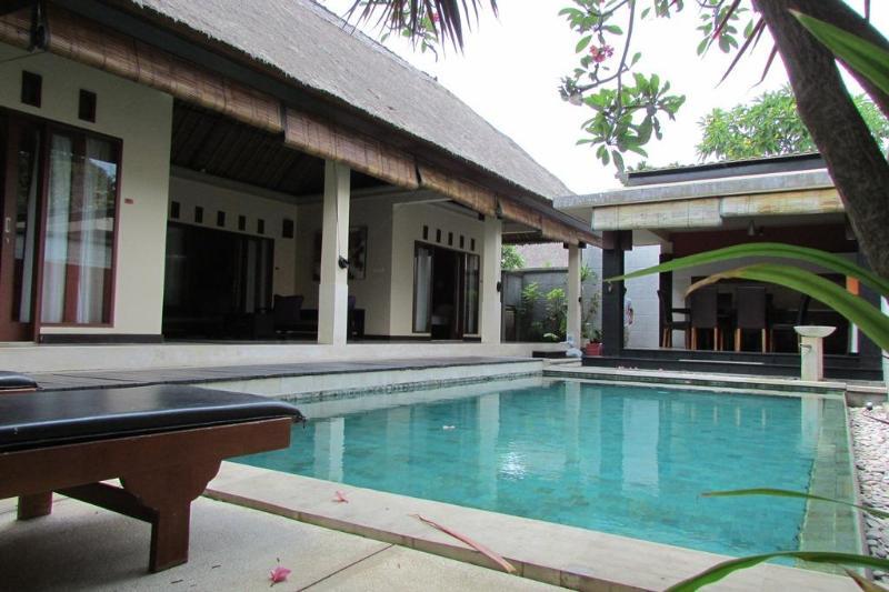 Villa and Pool veiw - Bill, Luxury 3 Bedroom Villa, Seminyak - Seminyak - rentals