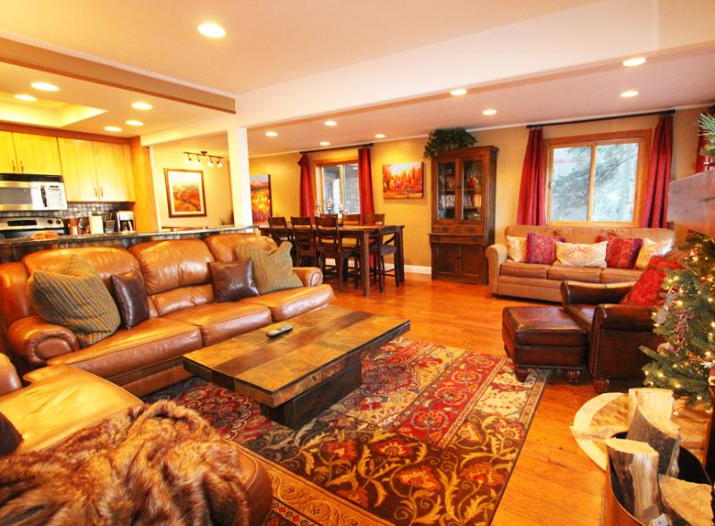 Lovingly chosen, rich decor details in every room. - Slope Side by Waterfall at Purgatory, Wow Views! - Durango - rentals