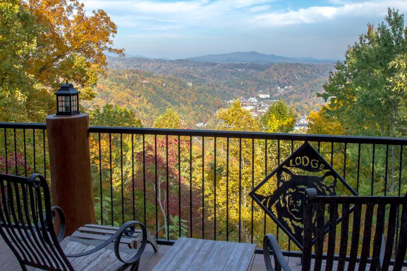Fabulous daytime views from Bear Paw Lodge - Bear Paw Lodge ~ When Only The Best Will Do.... - Gatlinburg - rentals