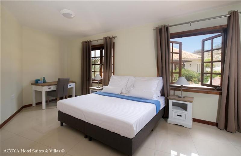 Acoya Villa with Garden view(6p) - Image 1 - Willemstad - rentals