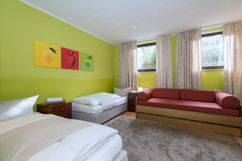 Garden House Studio Apartment - Image 1 - Munich - rentals