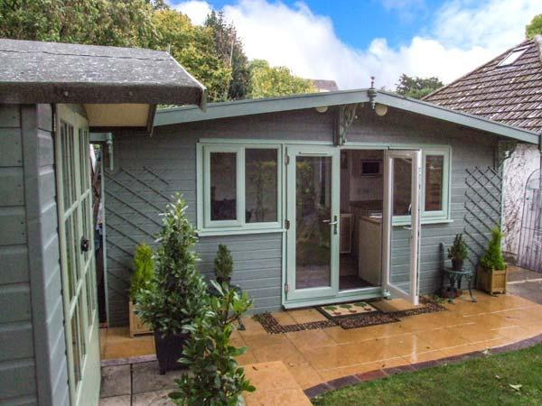 ASHES LODGE, WiFi, romantic cottage in Little Stretton, Ref. 918169 - Image 1 - Little Stretton - rentals