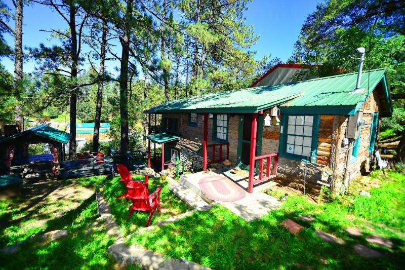 In Mid-Town * NEW PROPERTY* BIG DISC Walk n Town - Image 1 - Ruidoso - rentals