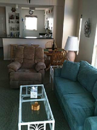 Canalfront 2BR w/ covered deck - Buccaneer Village #226 - Image 1 - Manteo - rentals