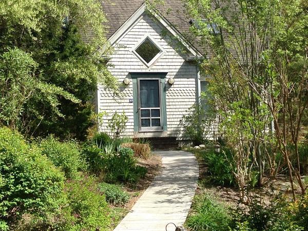Quiet neighborhood and close to Center (1328) - Image 1 - Wellfleet - rentals