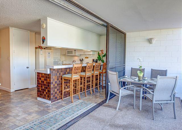 Beautiful Ground Floor Condo Across from Kamaole Beach Park III - Image 1 - Kihei - rentals