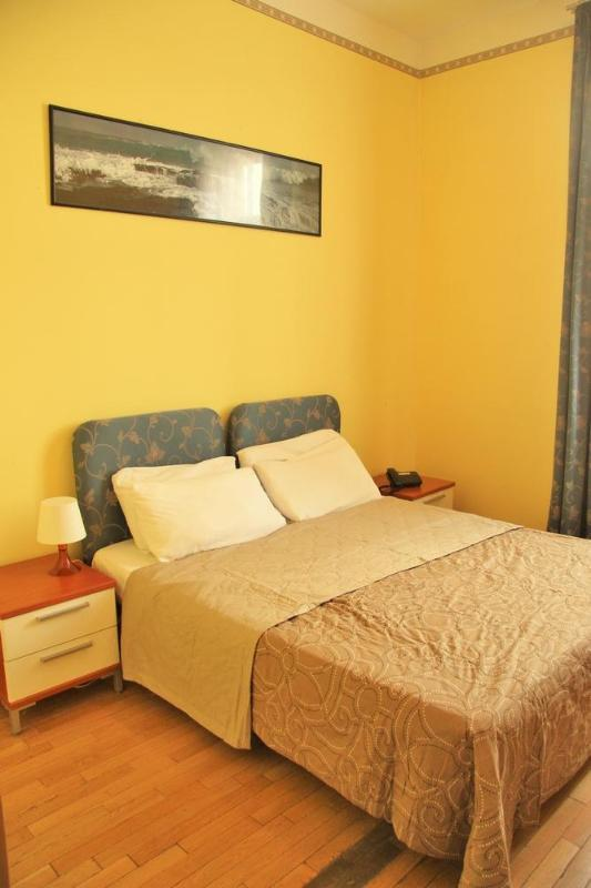 Private Bedroom - Lounge - Prague 2 people - Image 1 - Prague - rentals
