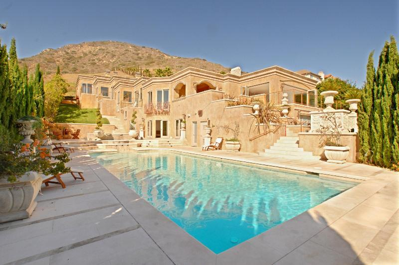MAGNIFICENT MALIBU MANSION w/Private Beach Access - Image 1 - Malibu - rentals