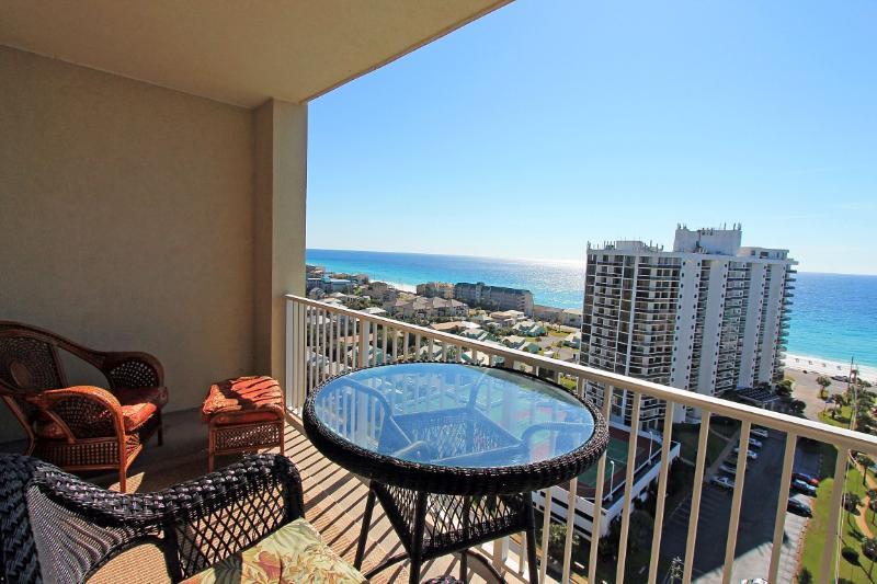 Ariel Dunes I 1605-RJ Fun Pass-Buy3Get1FreeThru5/26*AVAIL6/25-7/2 $1602-GulfViews - Image 1 - Miramar Beach - rentals